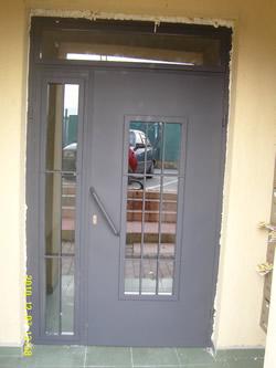 Входни Врати 16
