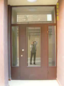 Входни Врати 23