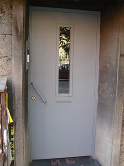 Входни Врати 24