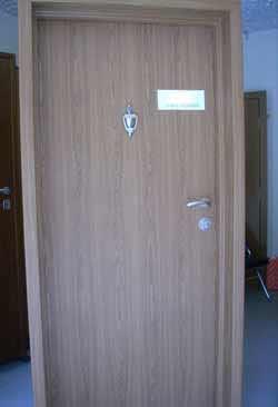 Метални врати 10