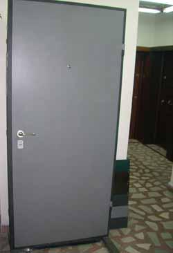Метални врати 5