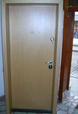 Метални врати 6