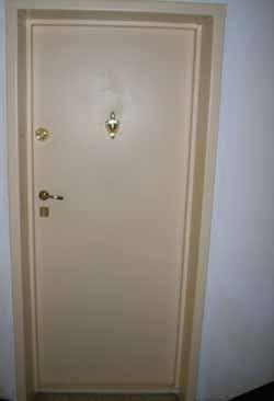 Метални врати 7
