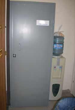 Метални врати 8