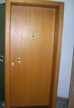 Метални врати 9
