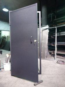 Метални врати със секретна брава Anbo – един лист ламарина 1